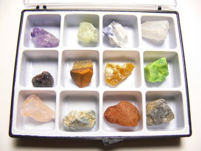 Coffret collection 12 mineraux