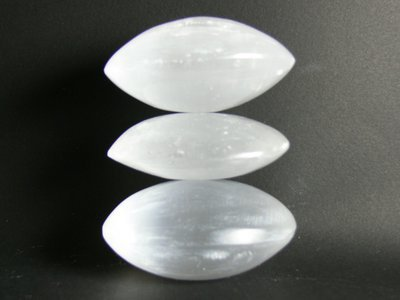 Galets decoratifs gypse-selenite